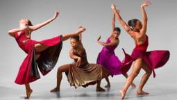 Роль цвета в танцевальном костюме