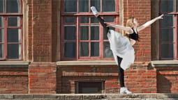 Запущена в продажу новая продукция — одежда для танцев и фитнеса